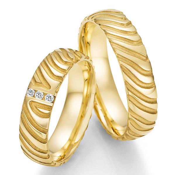 Collection Ruesch Trauringe Gelbgold TRS66RU63010G mit mehreen Diamanten
