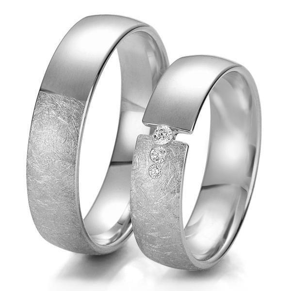 Trauringe Weißgold TRS06BR237W matt/eismatt mit mehreren Diamanten